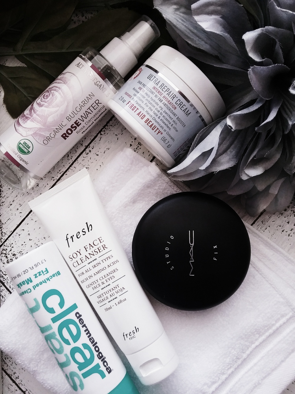 JustNatonya Top 5 Summer Beauty Favs for Sensitive Skin